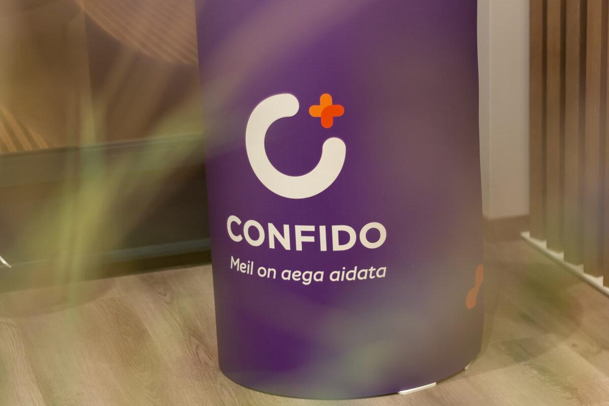Confido (10 of 10)
